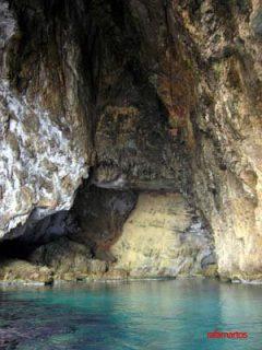 Buceo en la Cueva de los Órganos